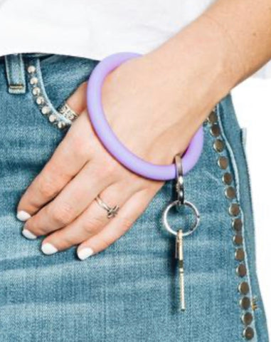 Rubber light purple oventure keyring