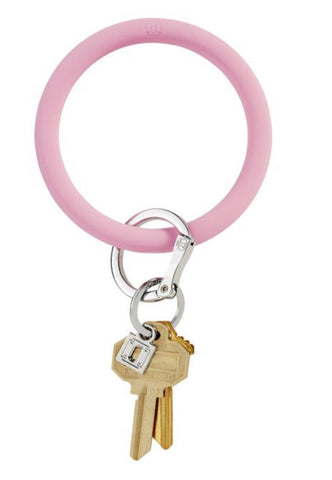 Rubber light pink oventure keyring