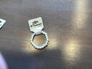 Little girl pearl bracelet