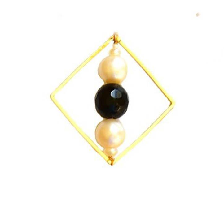 18kt Gold Plated Geometric Necklace with Pearl and Onyx