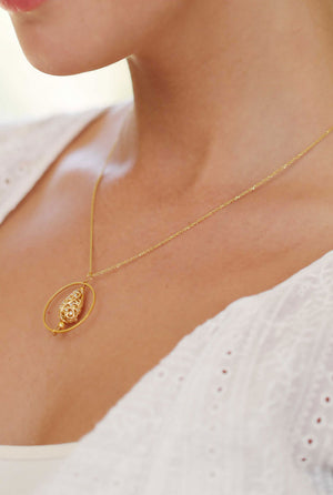 Drop Filigree Pendant Necklace Gold Lifestyle