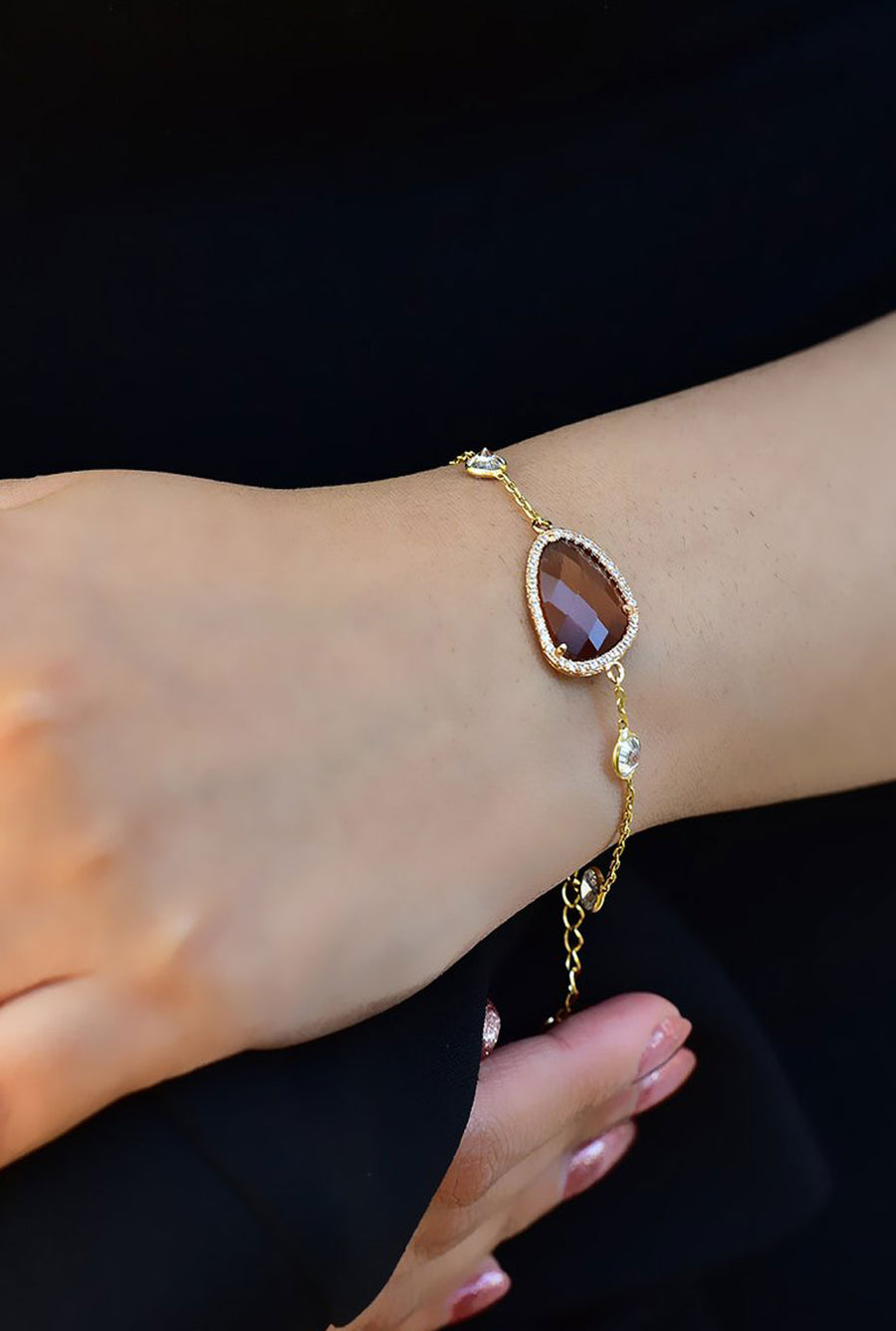 Sara  Bracelet - Smoky Brown