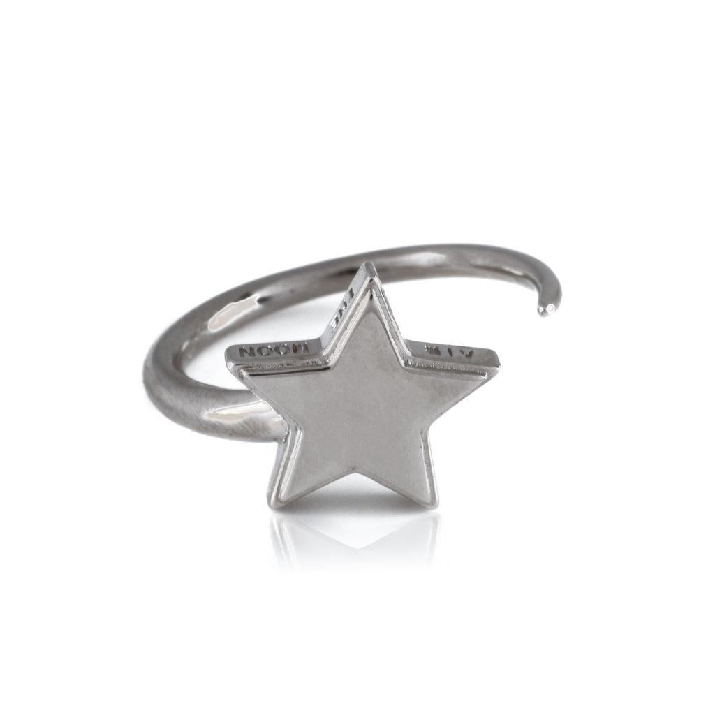 Woo Star Ring (.925 Sterling Silver)