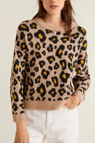 Fashion Leopard Printed Round Collar Sweater