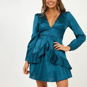 Fashionable pure color V-neck dress