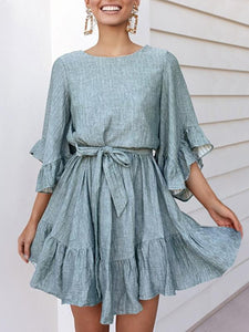 Casual Round Neck Ruffled Three-Point Sleeved Lace Dress