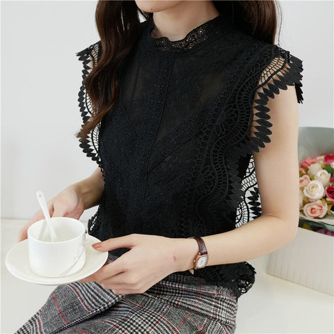 Elegant cutout sleeveless lace blouse