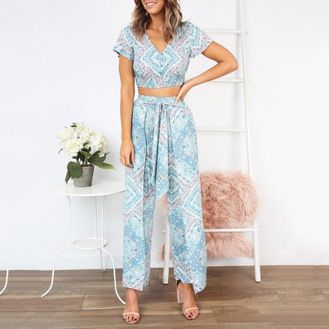 V-Neck Short-Sleeved Slinky + Nine-Sleeve Trousers Two Piece Set Jumpsuit