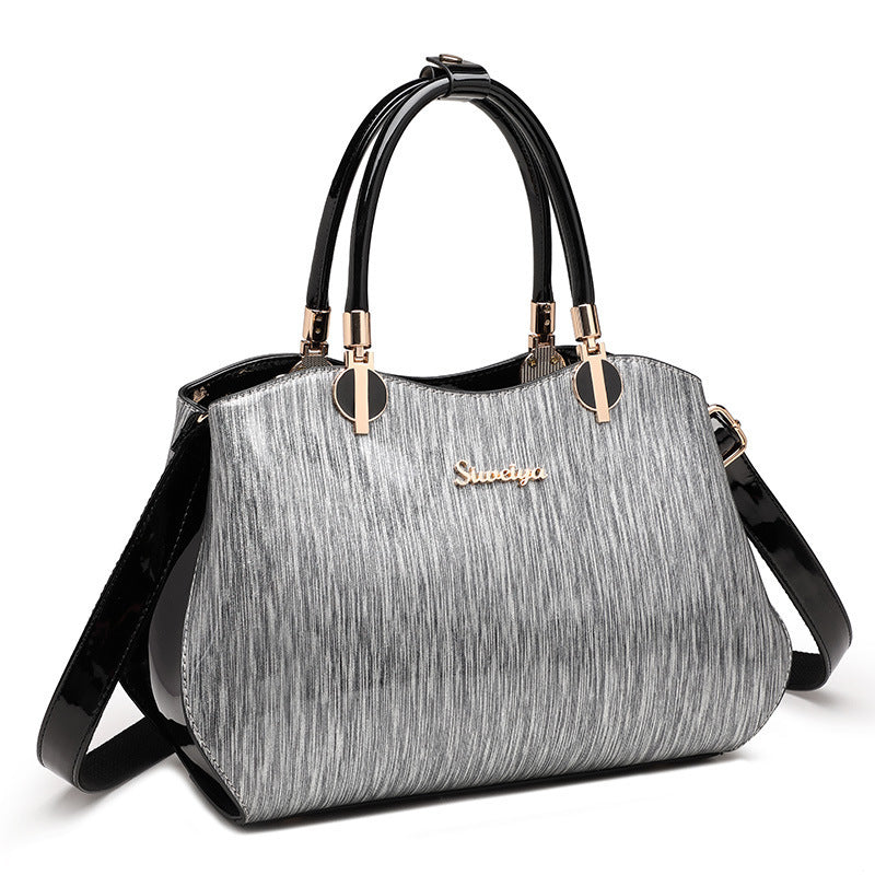 HOT and Classic Handbag for Classic Women and Classic girls