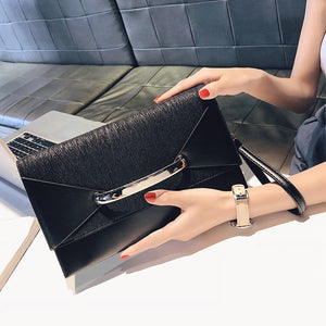 New fashion 2021 mid shoulder handbag