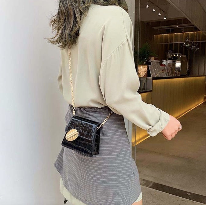 New Korean version of the popular chain wild fashion Western messenger bag