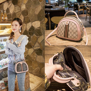 New fashion for female bag printed handbag shoulder bag diagonal mobile phone bag semicircle bag one generation