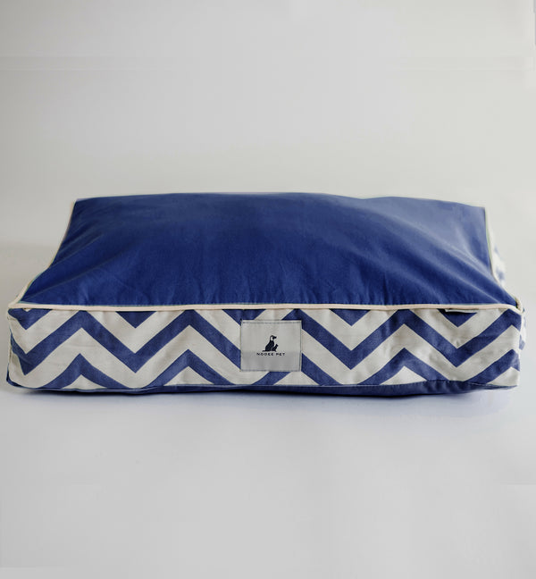 Pet cushion Millie Navy-medium. - pawslove1