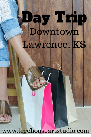 shopping in downtown Lawrence, Kansas, shopping on Massachusetts Street, day trip near Kansas City