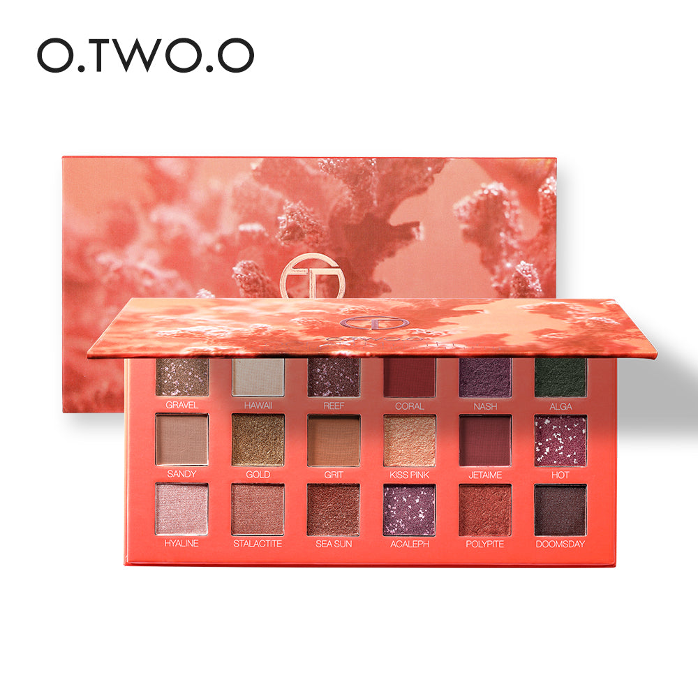 O.TWO.O OCEAN MYSTERY Eyeshadow Palette