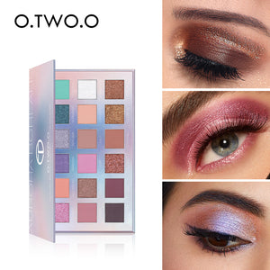 O.TWO.O 2020 New 18 Colors Eyeshadow Palette Pigmented Powder Easy to Blend Rich Color Aurora Borealis Eye Shadow Makeup