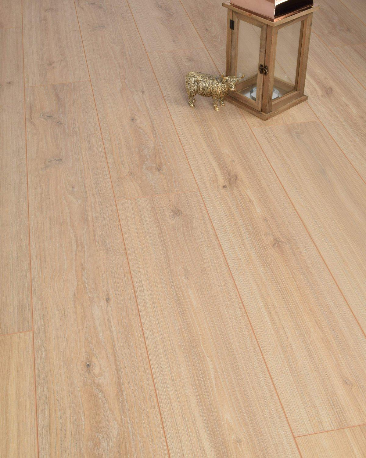 Underfoot Michelangelo Worn Oak