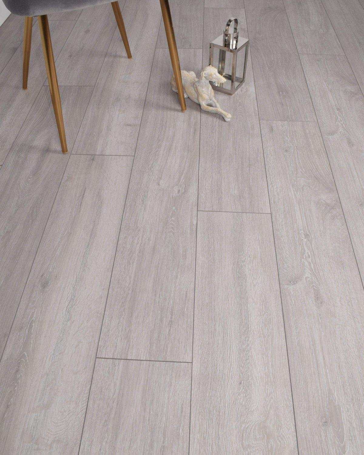 Underfoot Picasso Seal Grey Sample