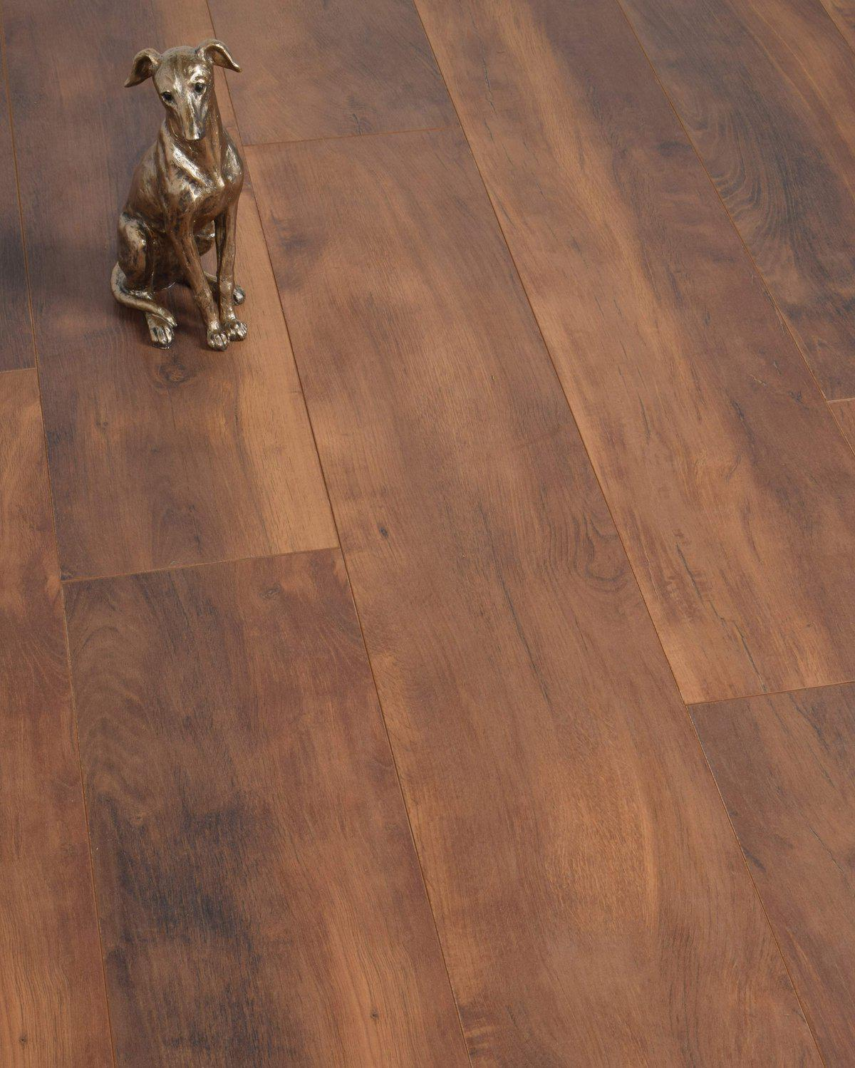 Underfoot Donatello Umber Oak