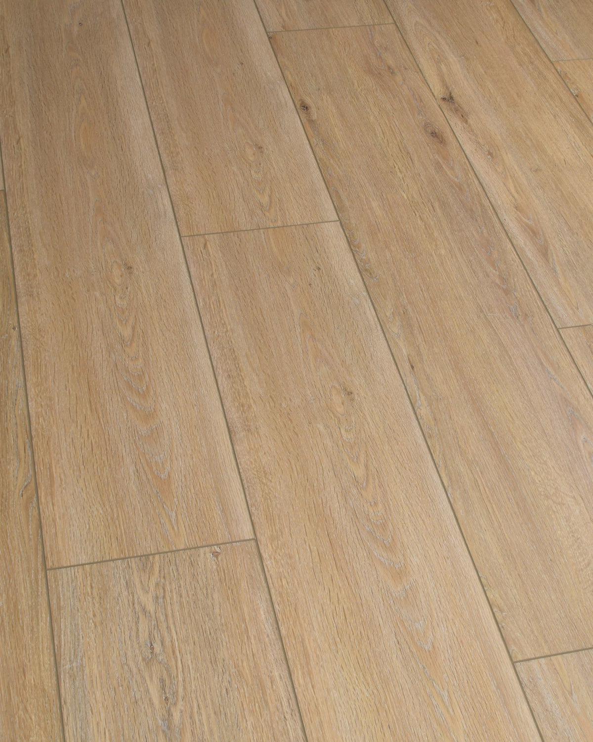 Underfoot Congo Hazelwood Oak Sample