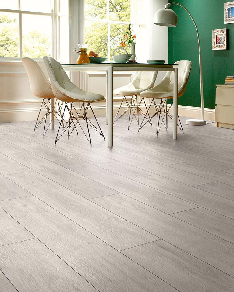 Underfoot Picasso Silver Grey