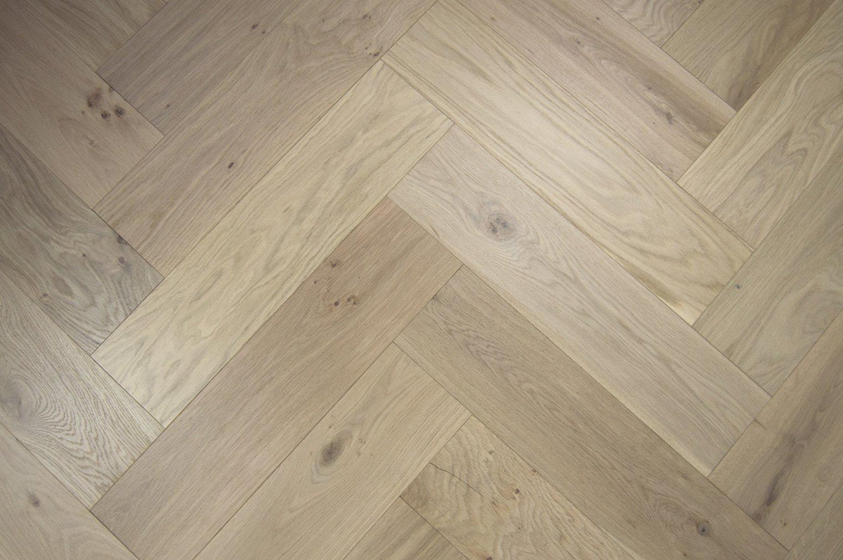 Underfoot Mesa Verde Herringbone Invisible Finish Wood
