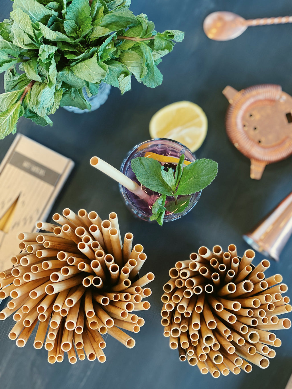 SINGLE-USE REED STRAWS