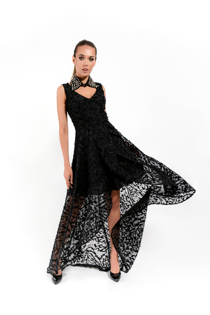 Black Dress with Special Cut - Velmoft