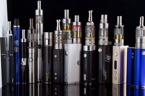 Various e-cigarettes and box mods