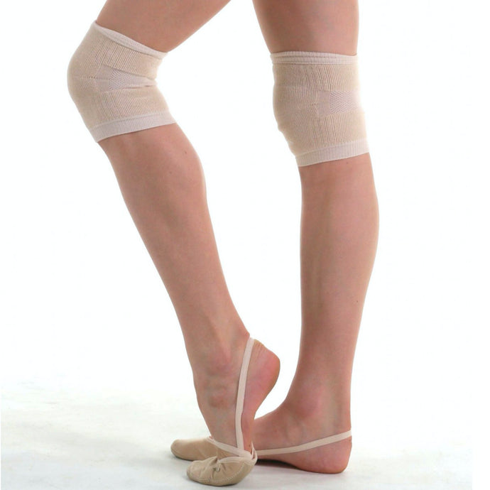 Knitted knee pads for gymnastics