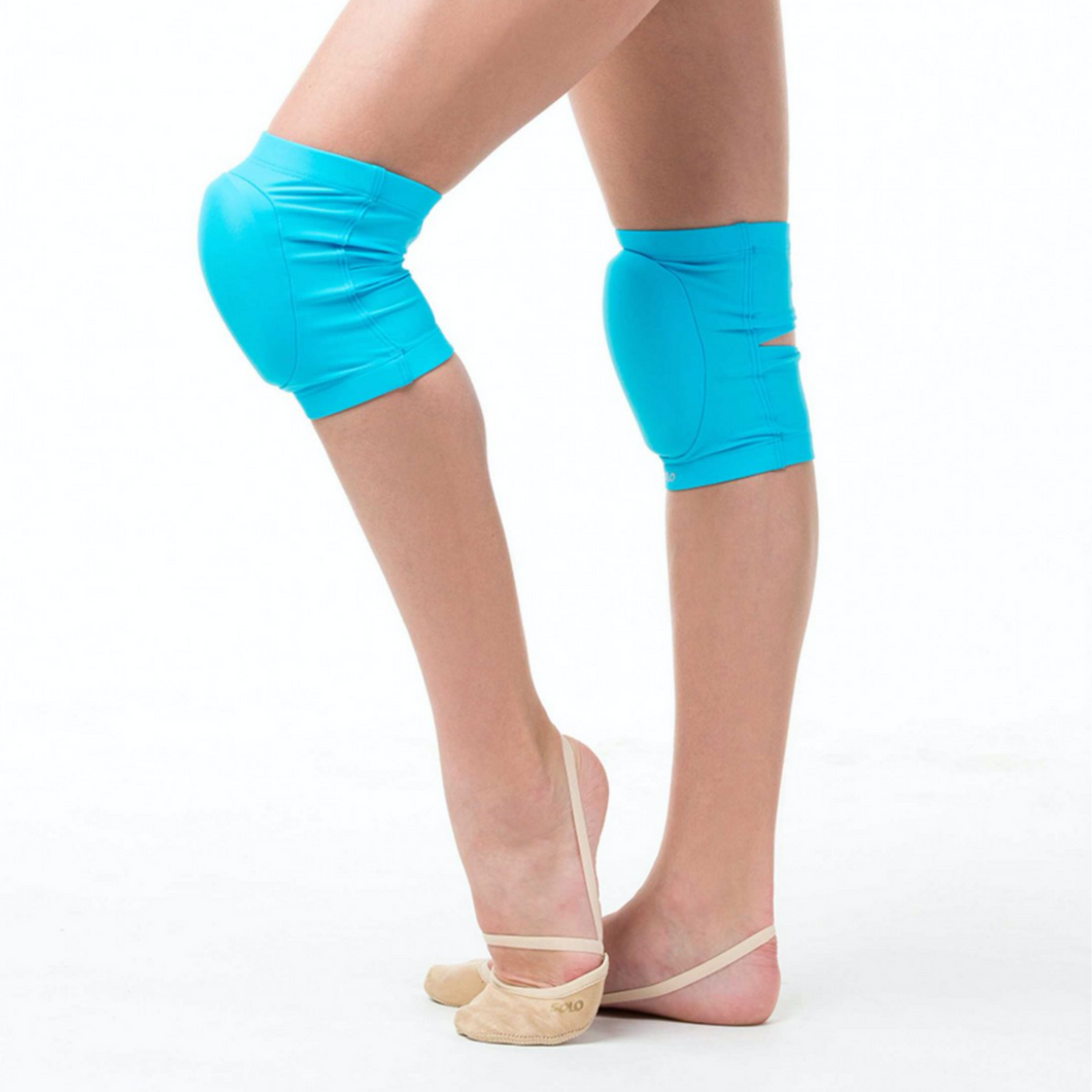 Padded knee pads for gymnastics