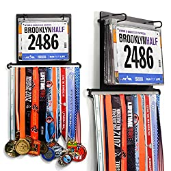 Are you looking for gift ideas for runners? We are picky people