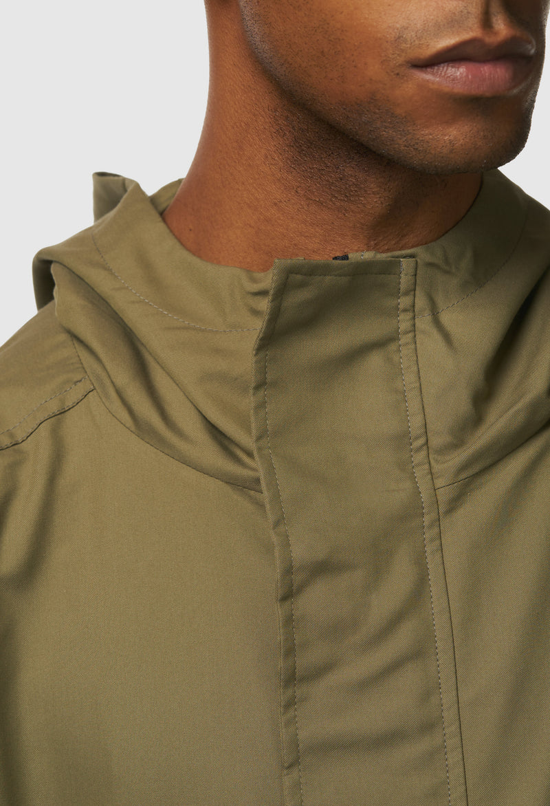 Anti-Apocalypse Strapped Anorak in Green