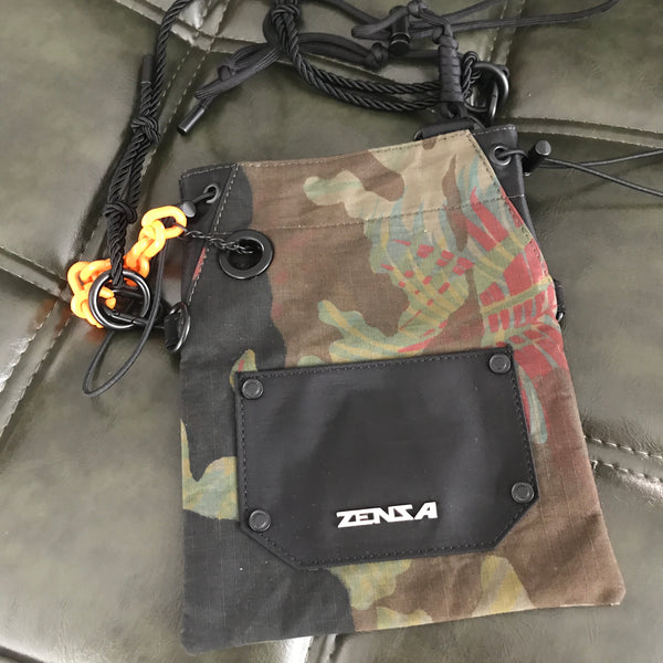 Barbed Satchel in Camo
