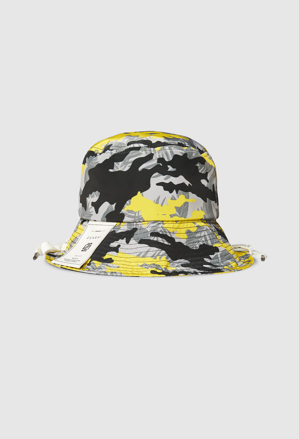 Laced Tropical Bucket Hat in Yellow Camo