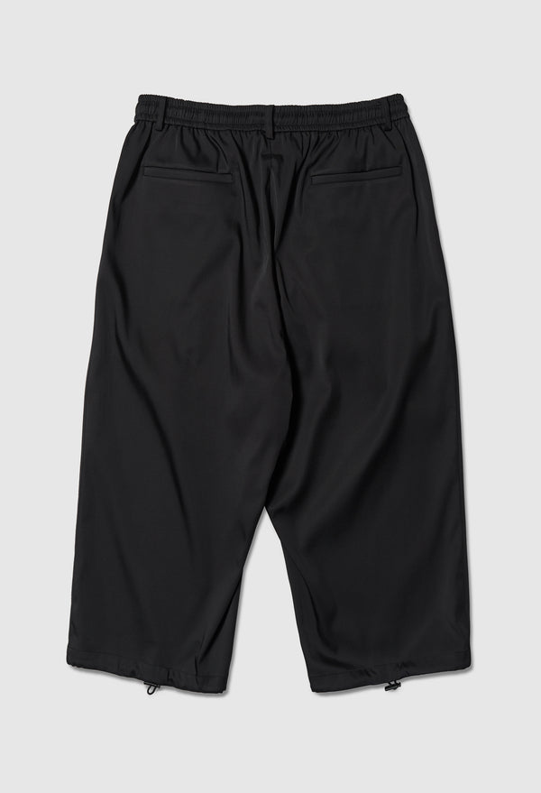 Wide Legged Cropped Trousers in Black