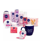 *EXCLUSIVE* NIVEA DESIGNBOX LOVE 10-Piece Body-Face-Hair Care SET