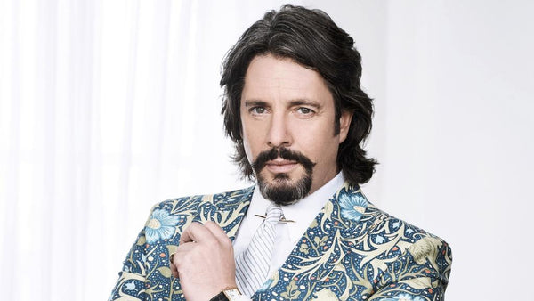 Laurence Llewelyn Bowen podcast with Barrington Ayre