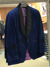 Velvet / Smoking Jacket