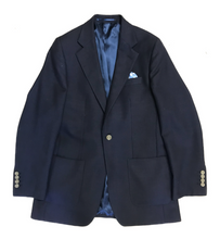 Mockleno bespoke travel jacket from Barrington Ayre