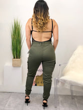 Load image into Gallery viewer, Kiana Cargo Pants (olive)