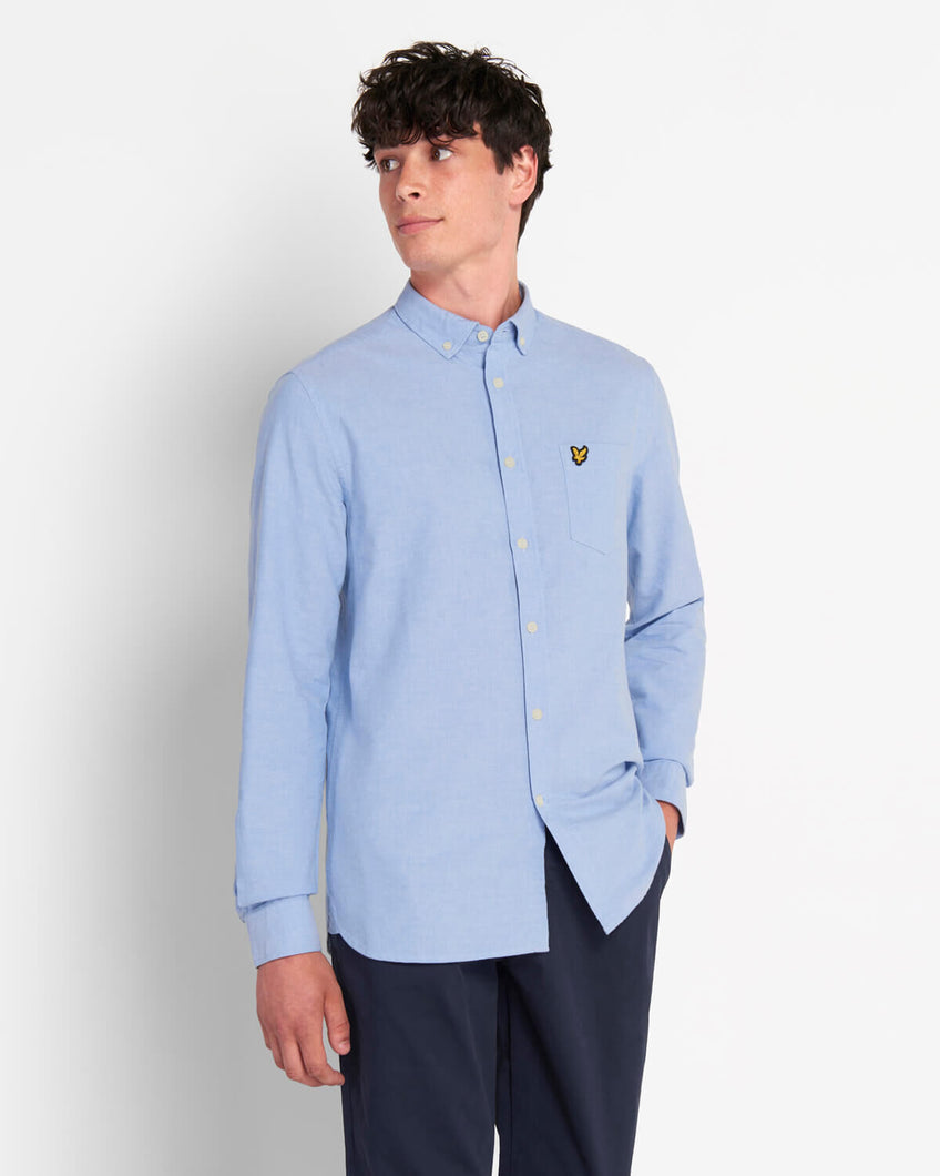Lyle & Scott Camicia Oxford Regular Fit Riviera  indossata fronte