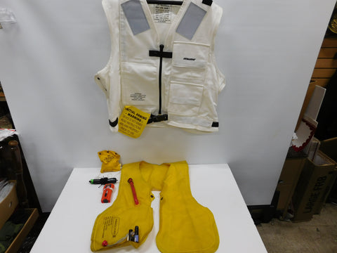 Stearns USN Life Preserver Vest Type , Mark 1 sz Lg White W/ Guts * Flight Deck