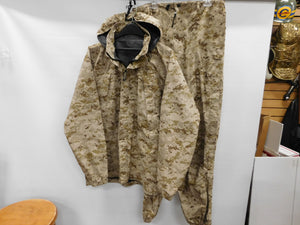 USMC Desert MARPAT ECWCS GoreTex SET MED LONG * READ For Condition