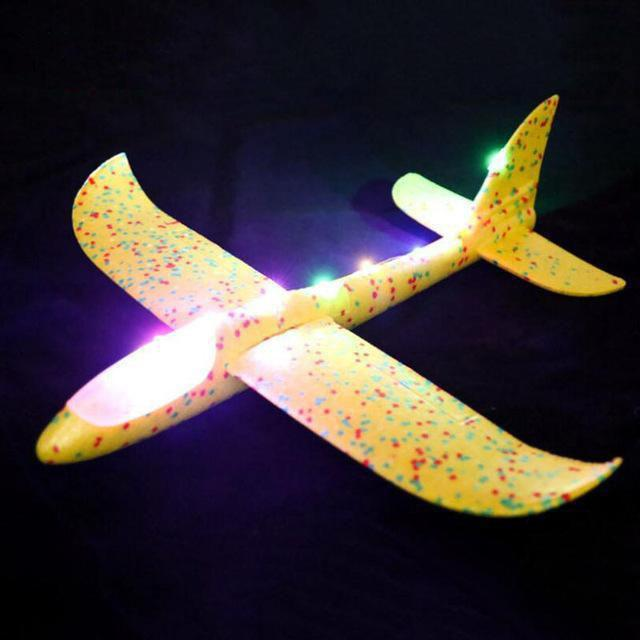 30 Seconds Flying Hand Throw Airplane Toy