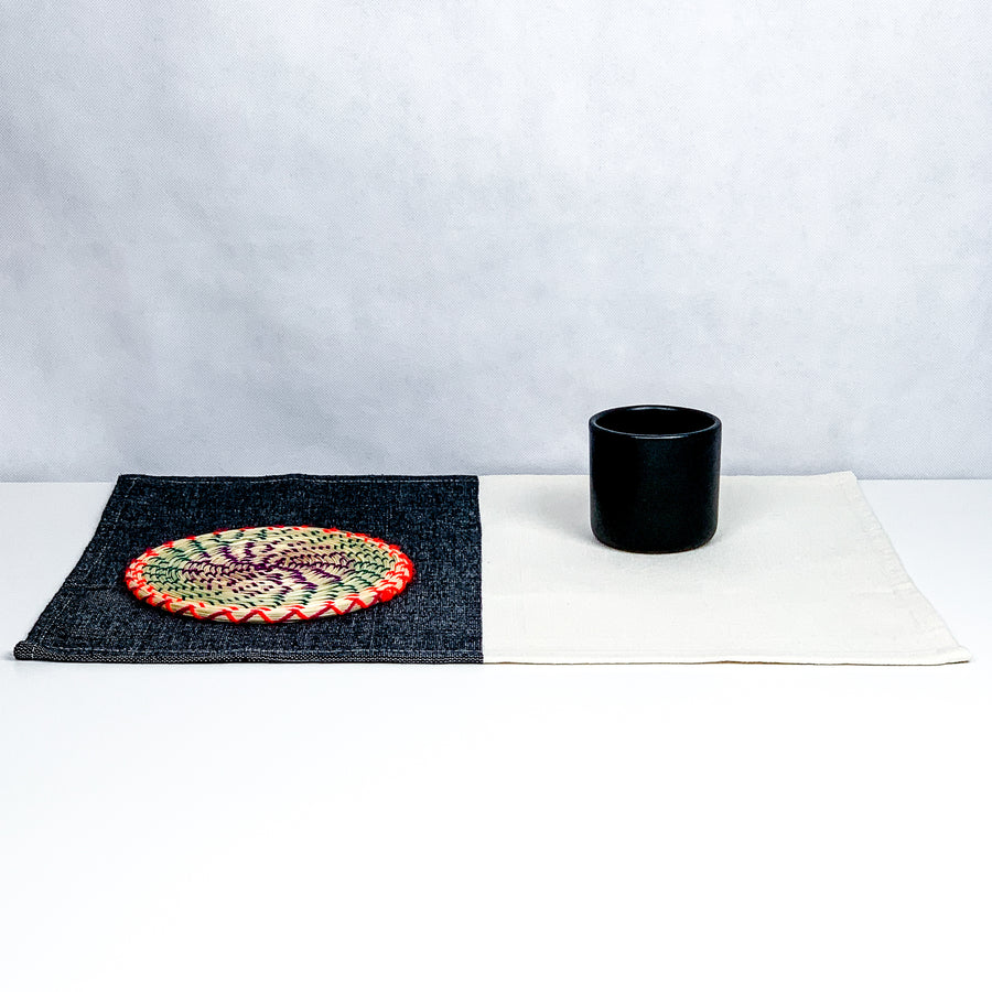 Black / Natural Placemat