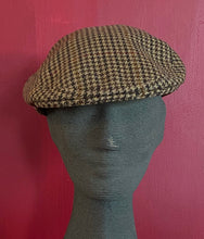 Load image into Gallery viewer, Atkinsons Tweed Caps