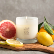 Load image into Gallery viewer, citrus candle made with soy wax