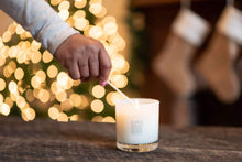 Load image into Gallery viewer, holiday candles