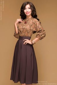 DM00234BR chocolate dress length MIDI with a printed top and a batwing sleeve